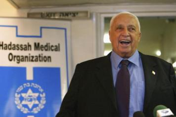 Ariel Sharon Leaves Hospital After Minor Stroke