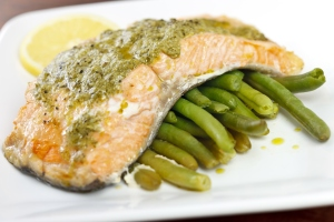 Grilled salmon with pesto sauce